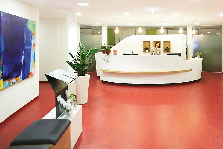 Dr. - Christian Weißenberger - Zentrum für Strahlentherapie - Empfangsbereich