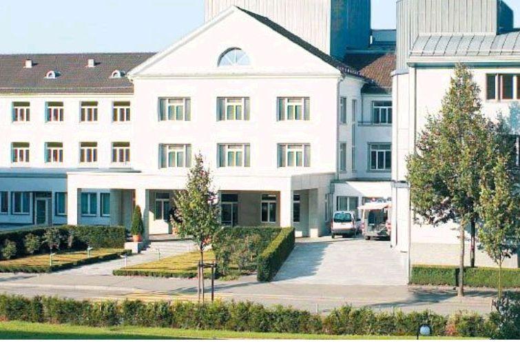 Dr. - Ralf A. Kockro - Klinik Hirslanden