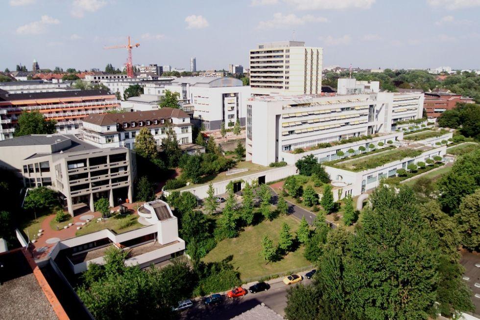Prof. - Heiner Wedemeyer - Universitätsklinikum Essen - Klinikgelände