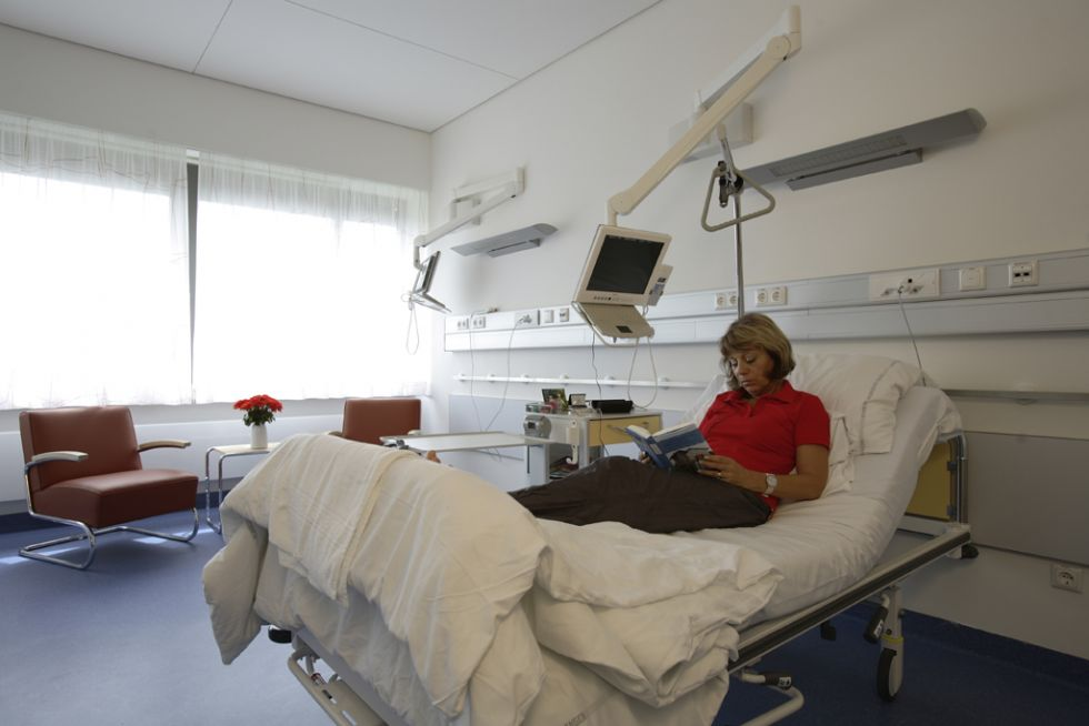 Prof. - Heinrich Iro - Universitätsklinikum Erlangen - Standort Waldstraße - Patientenzimmer