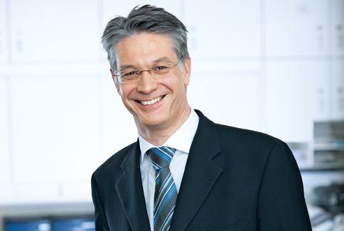 Prof. - Paul Robert  Vogt - Hirslanden Klinik im Park, HerzGefässZentrum Zürich - Experte