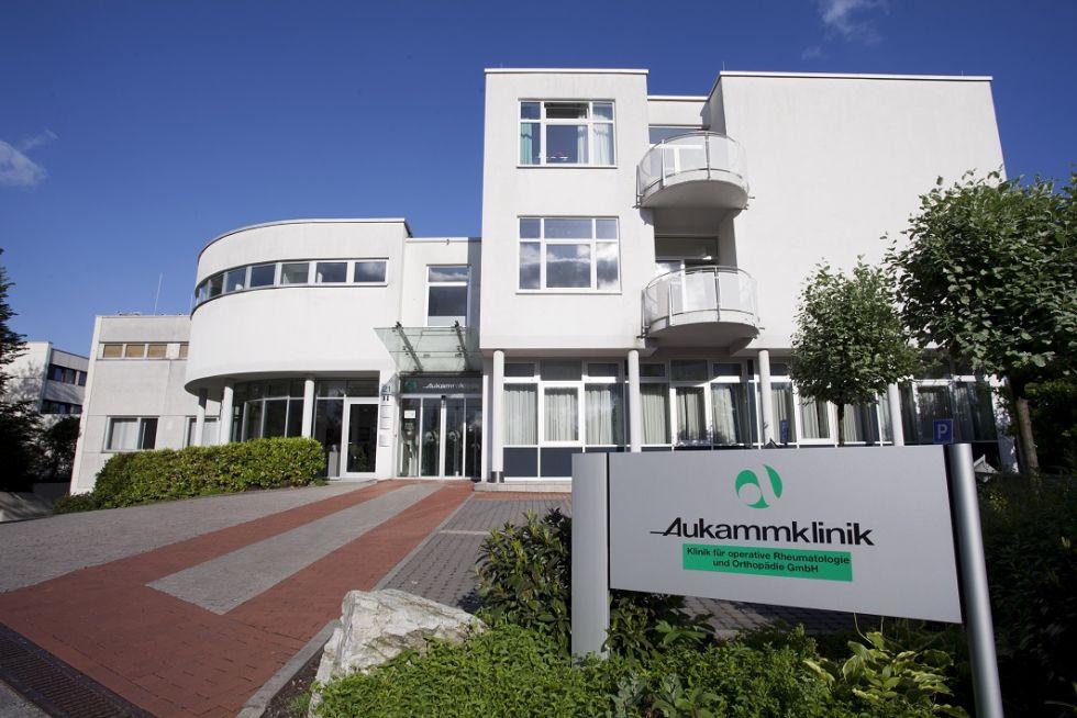 Prof. - Henrik Schroeder-Boersch - HELIOS Aukamm-Klinik